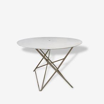 Table ancienne métal ronde pliante