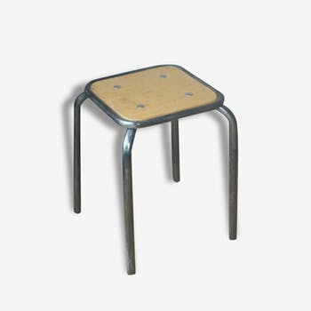 tabouret assise tracteur m tal noir industriel 3349. Black Bedroom Furniture Sets. Home Design Ideas