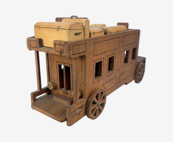 Autobus en bois fait main