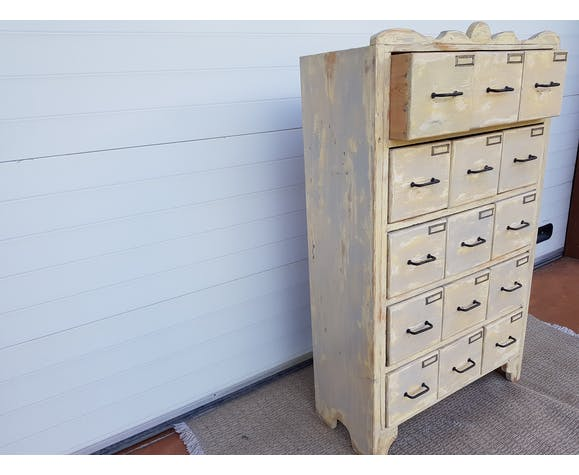 "Old-trade furniture with ""Grainetier"" drawers"