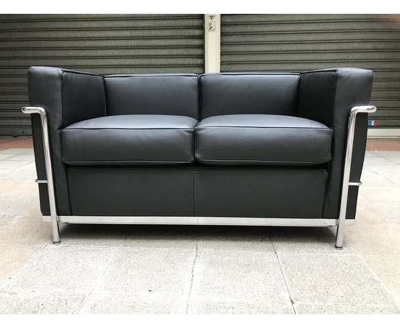 2 Seater Lc2 Sofa By Le Corbusier