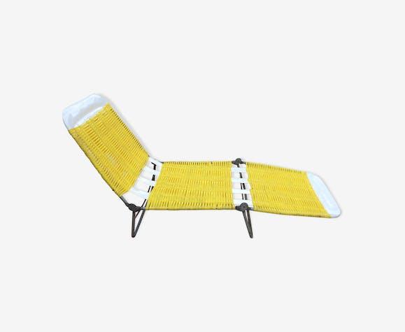chaise longue scoubidou ext rieur m tal jaune. Black Bedroom Furniture Sets. Home Design Ideas
