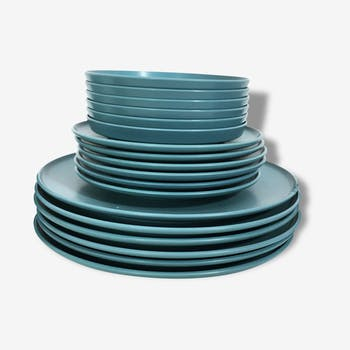 Blue melamine service of 60-70 years.