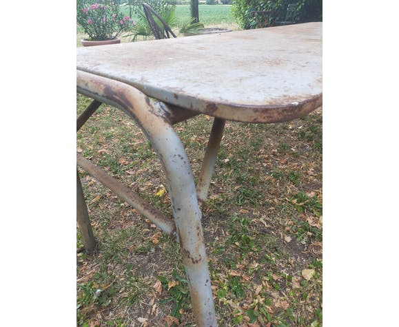 Table design industriel