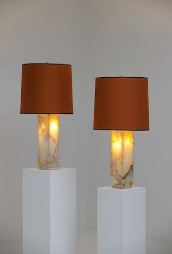 Paire de lampes de table en marbre