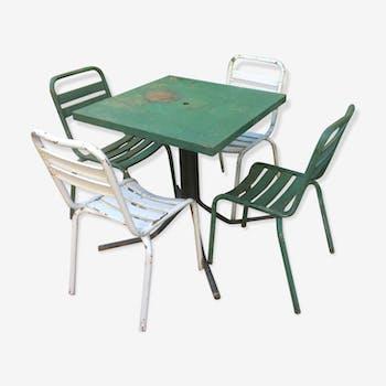 Table et chaises Tolix