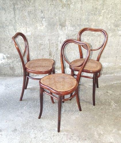 Lot de 3 chaises cannées bistrot N°28 de Thonet avant 1900