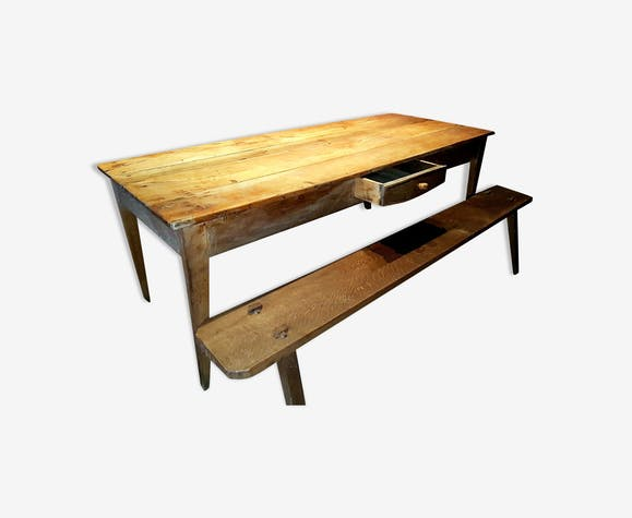 table de ferme du xix me en merisier massif avec 2 bancs en ch ne bois mat riau bois. Black Bedroom Furniture Sets. Home Design Ideas