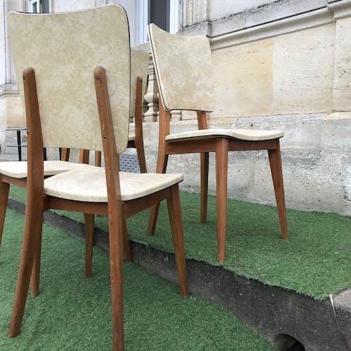 Lot de 4 chaises des années 60