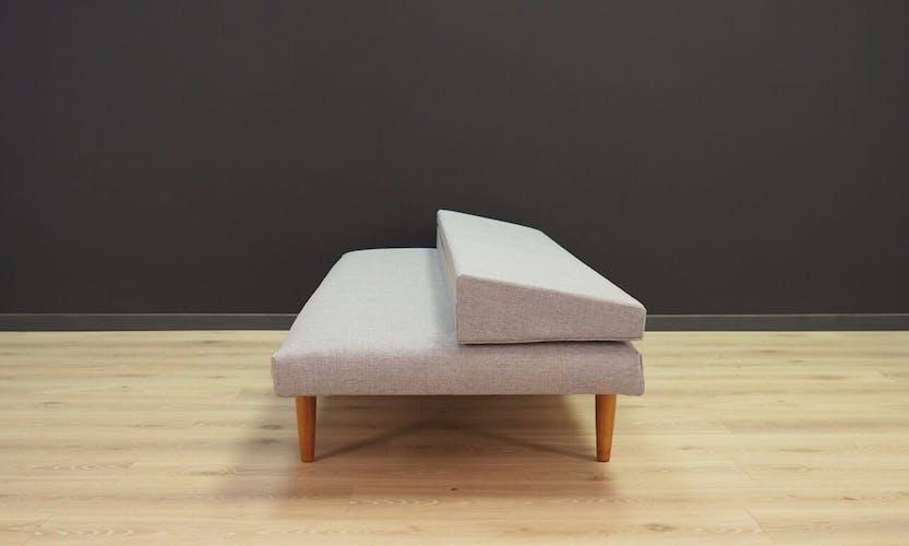 Canapé minimaliste des années 60 / 70