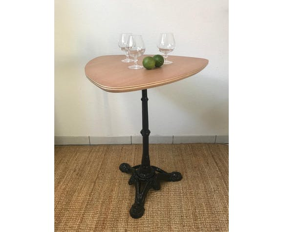 Table de bar pied en fonte vintage