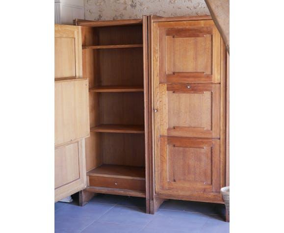Paire d'armoires secrétaire jumelles