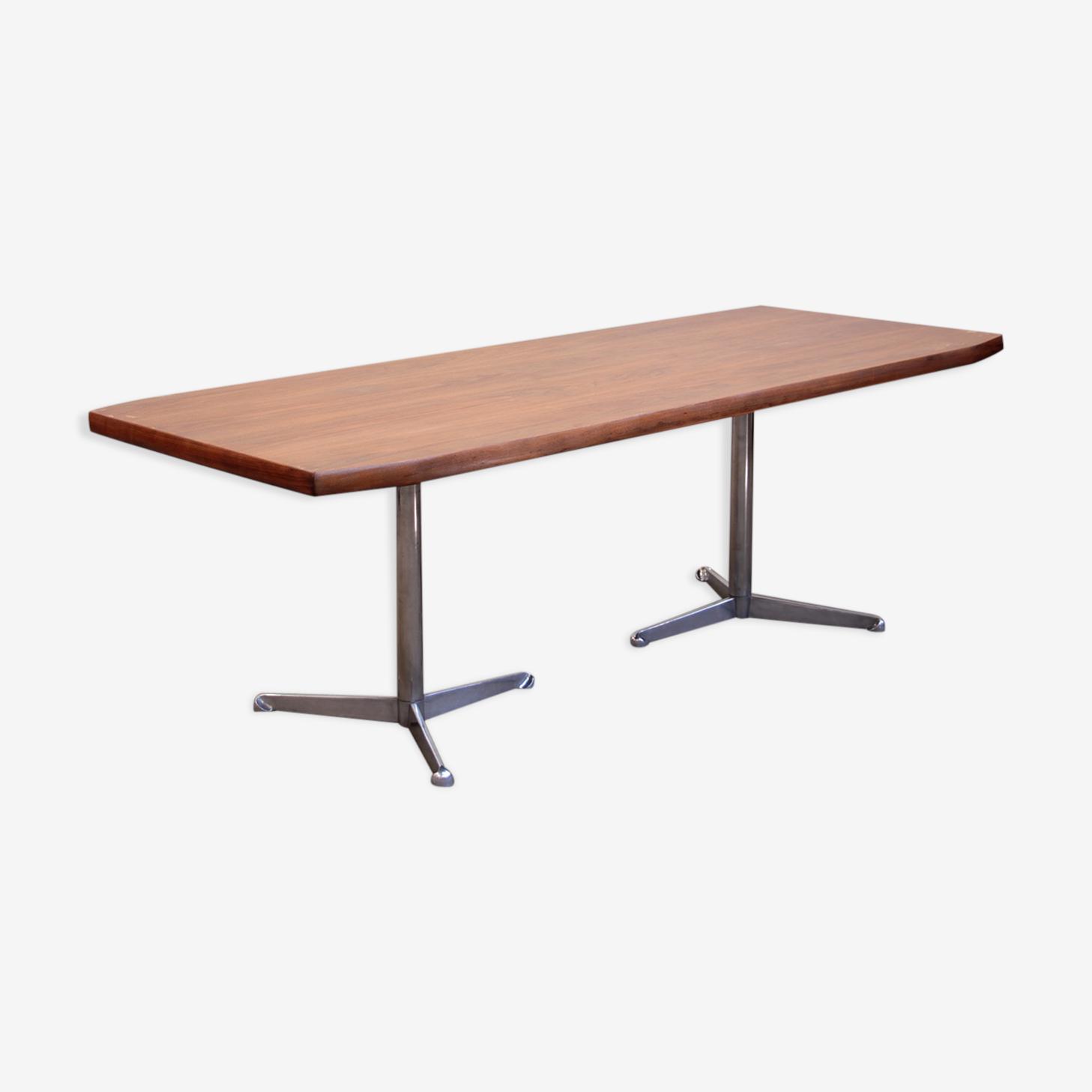 Tecno conference table by Osvaldo Borsani