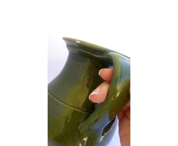 Pichet en céramique verte