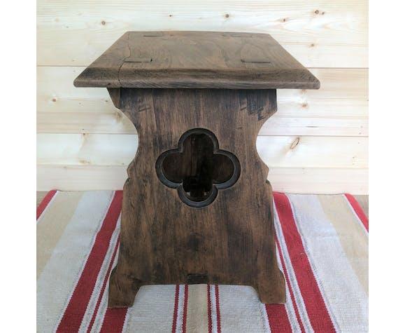 Tabouret ancien de crêperie bretonne