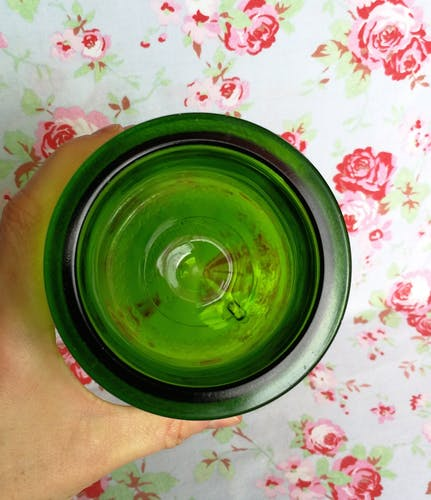 Flacon d'apothicaire en verre vert et liserés dorés pot ancien