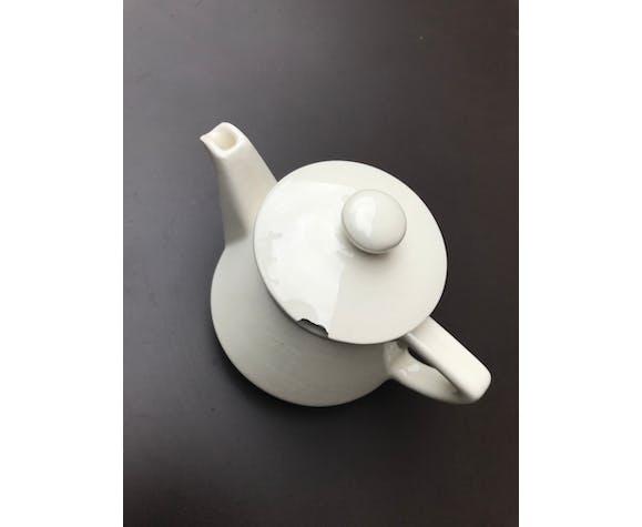 Théière Villeroy & Boch en porcelaine blanc cassé