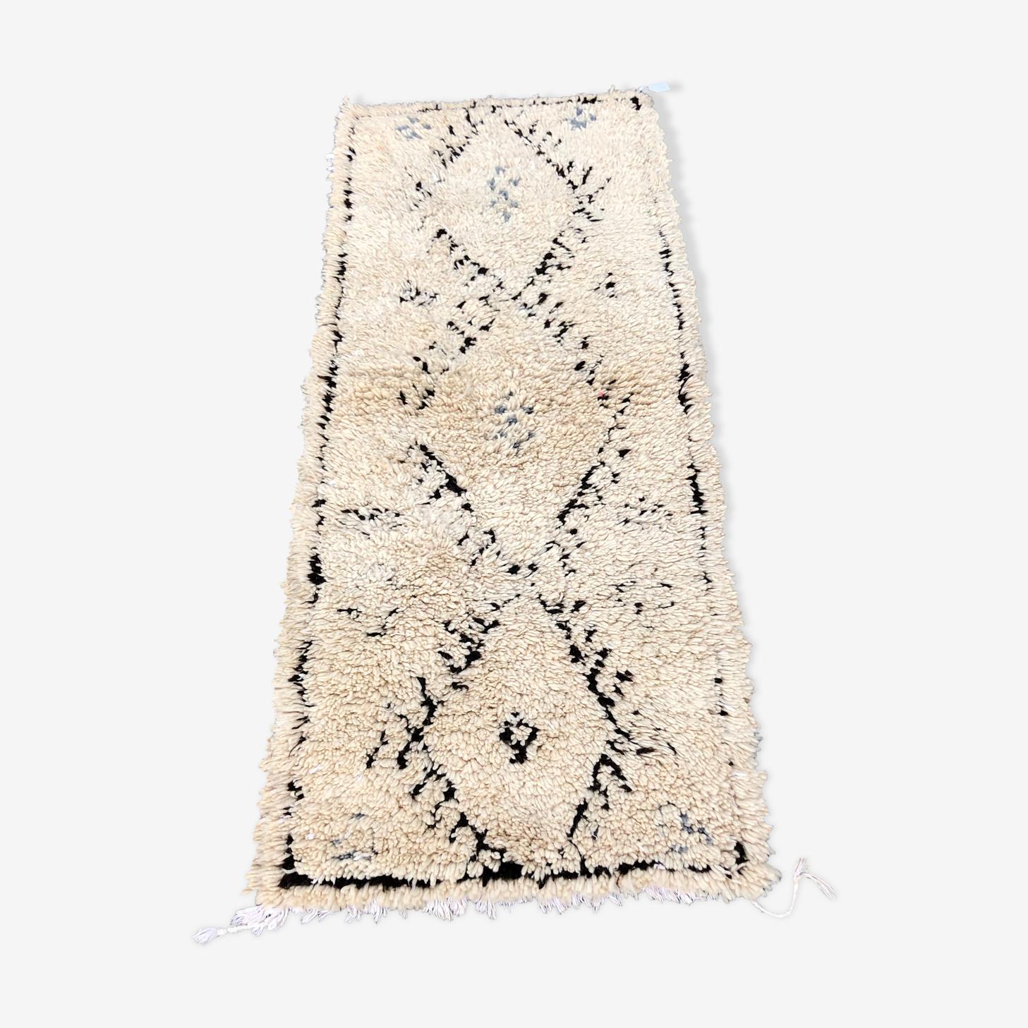 Berber beni ouarain rug 185 x 75 cm