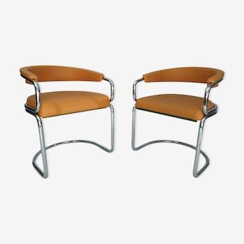 Paire de fauteuils en tubulaire chromé 1970
