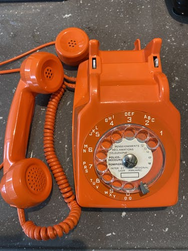 Vintage original 70 telephone orange dial space age french design phone