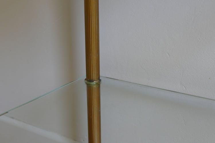 Sellette ancienne en marbre, pieds métal peints doré
