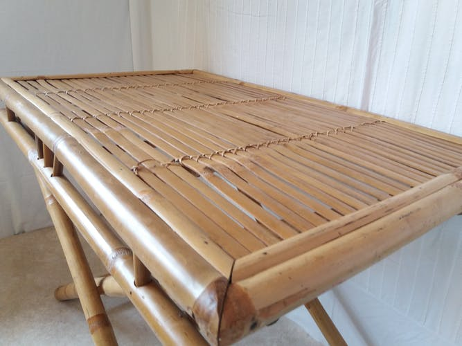 Table rotin pliante