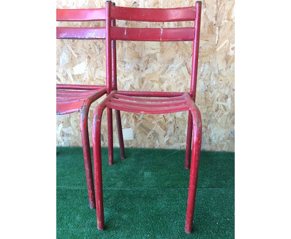 Lot of 3 red metallic bistro chairs
