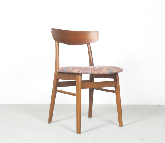 Set of 4 vintage teak Danish design dinner chairs