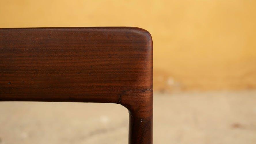 Série de 3 chaises et un tabouret vintage en teck par les éditions Lübke