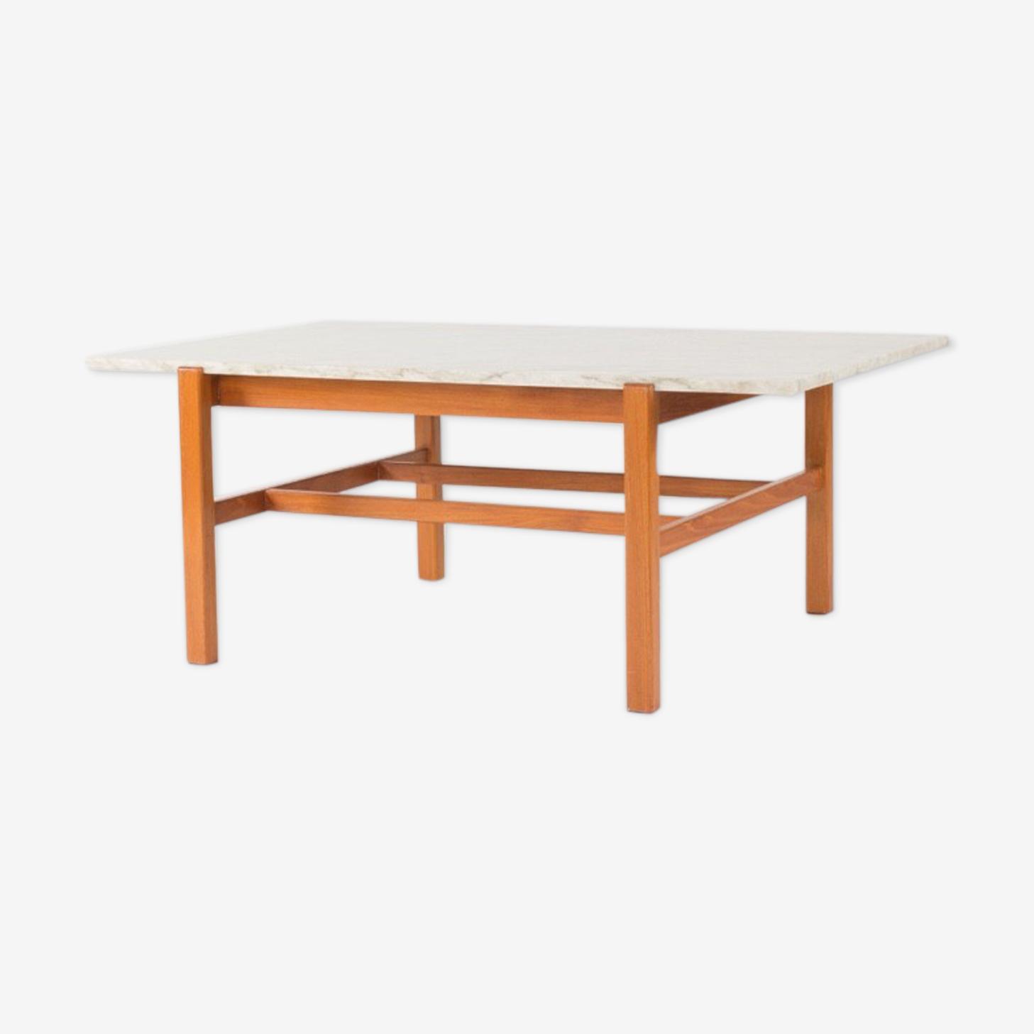 Table basse suédoise