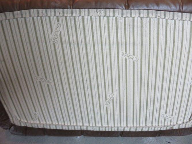 Pouf vintage Kashima en cuir Ligne Roset par Michel Ducaroy