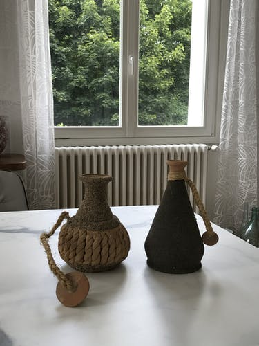 Pots en terre cuite de style oriental