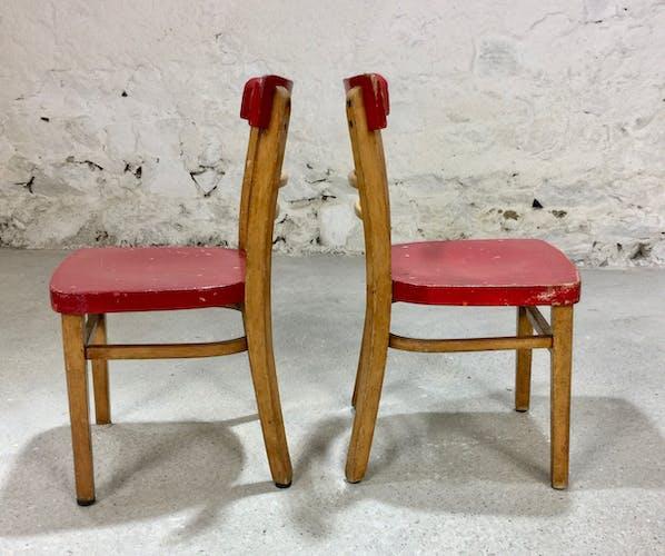 Paire de chaises enfant en bois rouges