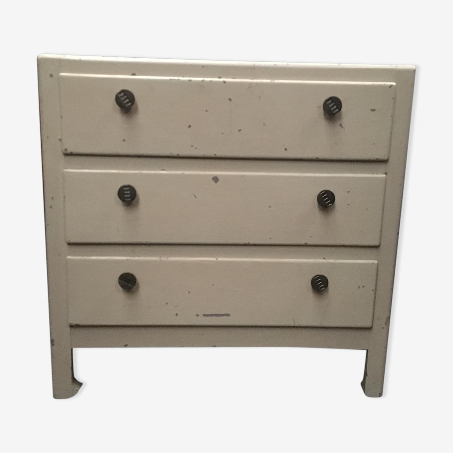 Dresser wooden 3 drawerv