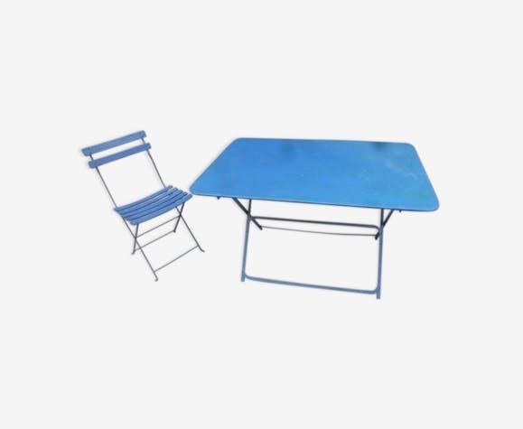 Ancienne table de jardin et sa chaise en fer pliantes - fer - bleu ...