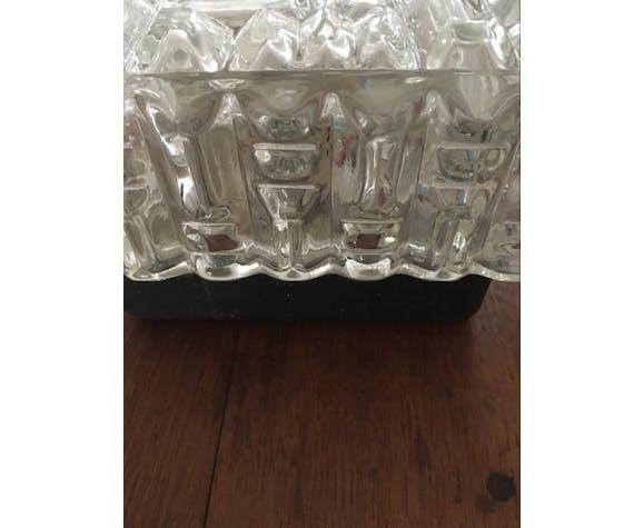 Plafonnier en verre moulé