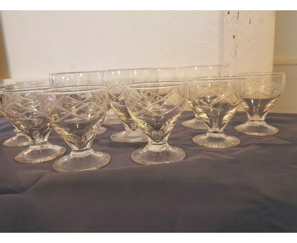 Lot de 14 verres apéritif ou digestif en cristal