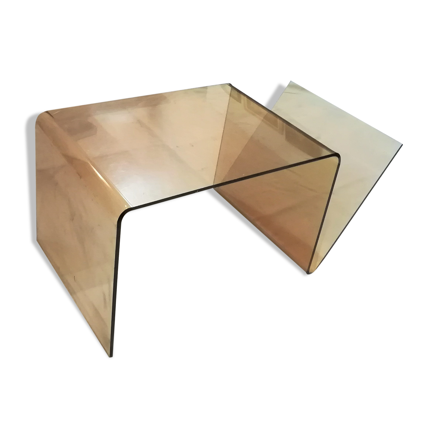 table basse en plexiglas finest tables basses modernes hexagonales en plexiglas with table. Black Bedroom Furniture Sets. Home Design Ideas