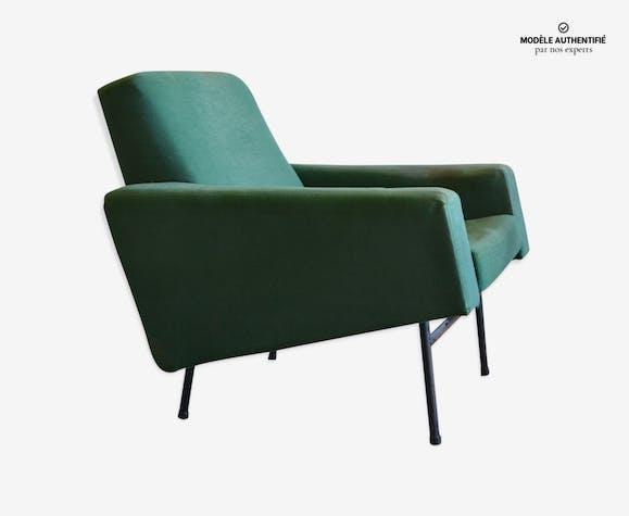 Fauteuil Pierre Guariche modèle G10 par Airborne - tissu - vert ...