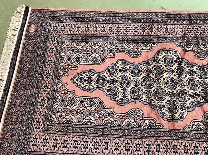 Tapis du Pakistan fait main en laine