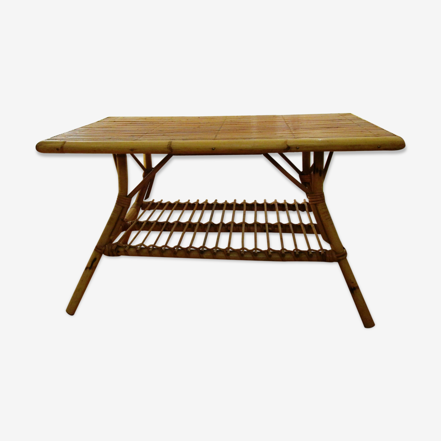 Table basse rectangulaire en rotin des années 50
