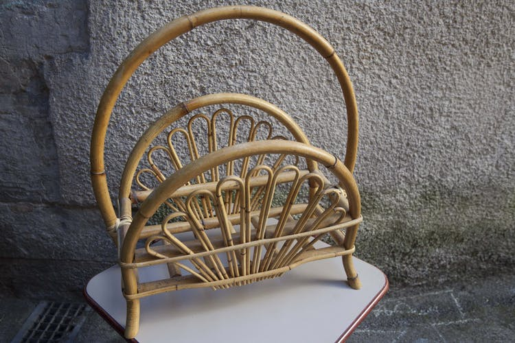 Magazine rack in the 1950s rattan