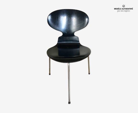 Chaise Fourmi Tripode Par Arne Jacobsen