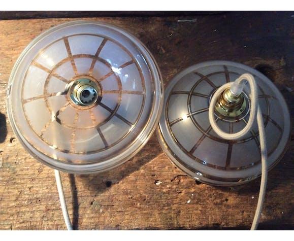 Duo de suspensions en opaline vintage