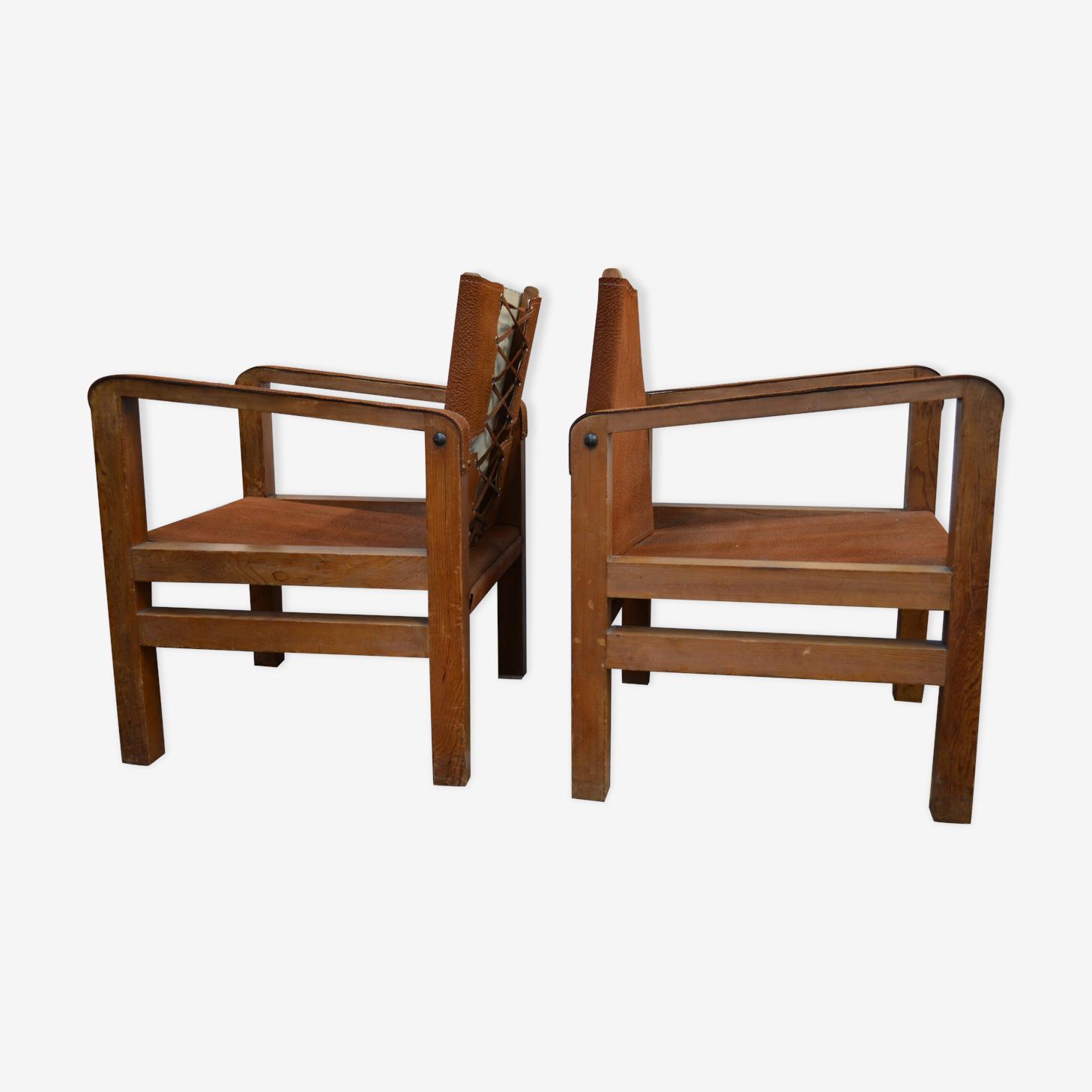 Paire de fauteuils coloniaux