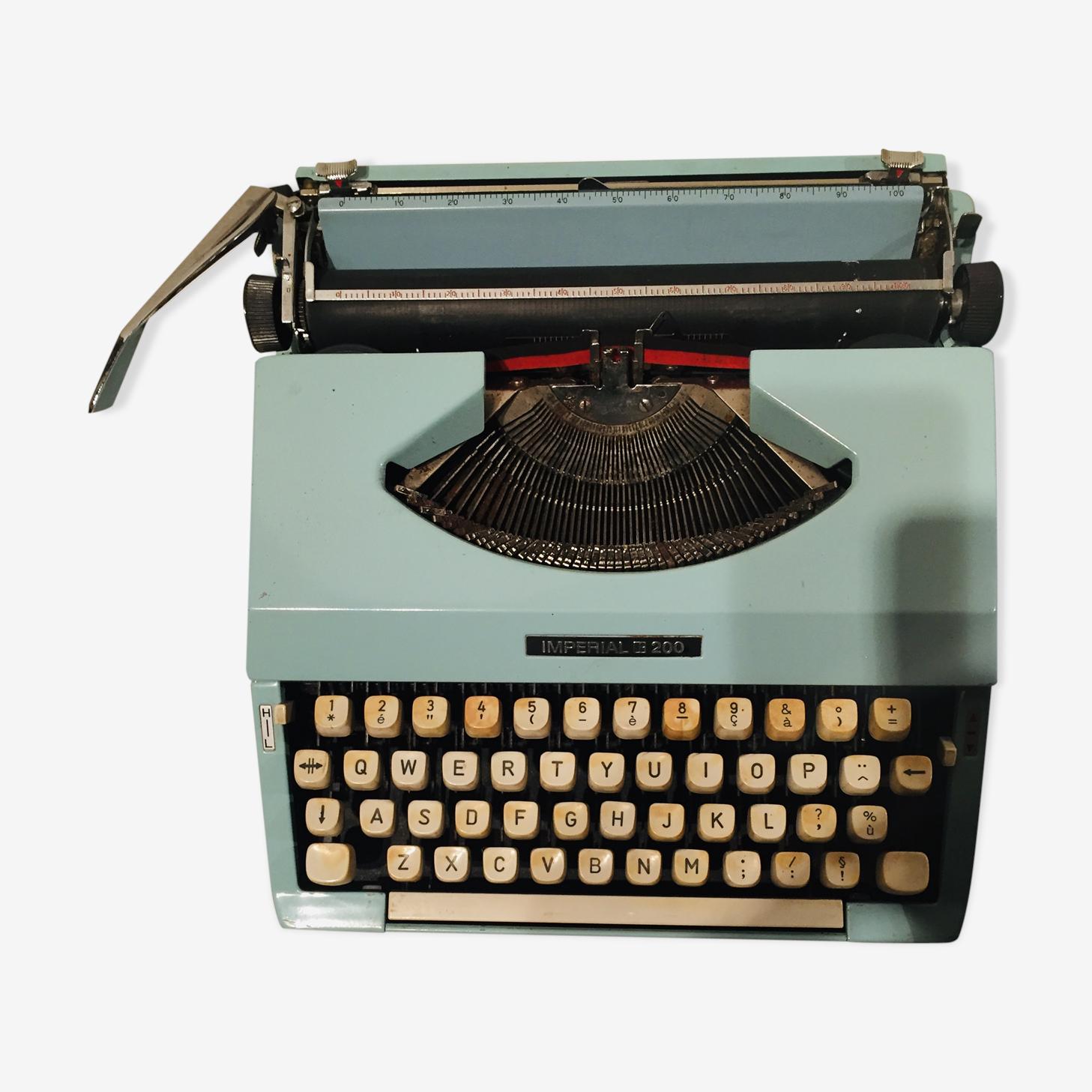 Machine à écrire imperial 200