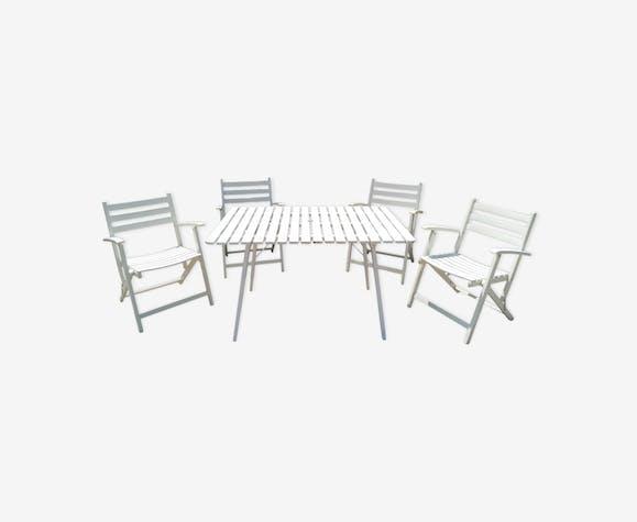 Salon de jardin années 1980 une table quatre fauteuils ...