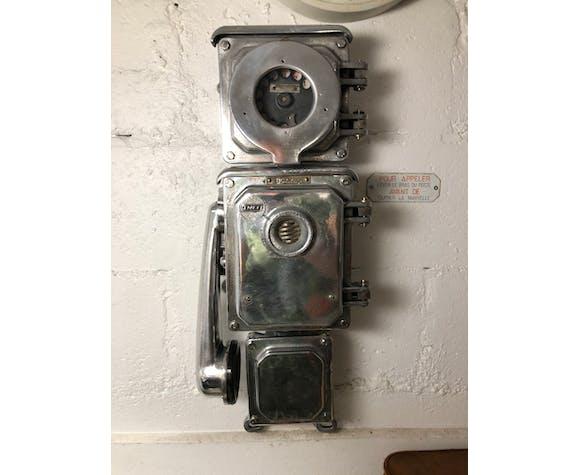 Ancien téléphone de quai de gare SNCF entièrement rénové poli