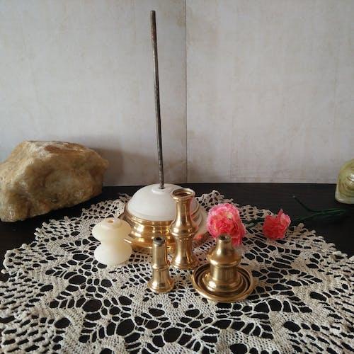 Ancien bougeoir, laiton et albâtre, XIX siècle