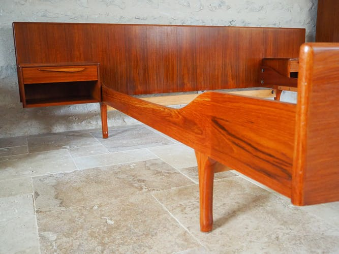 Lit style scandinave en 140 avec deux tables de nuit intégrées
